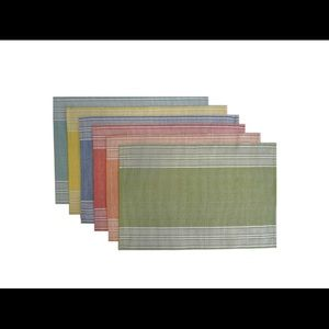NWT 6pk multicolored pastel placemats